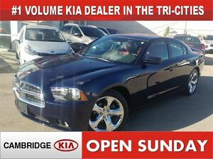 2014 Dodge Charger SXT / LEATHER / NAVIGATION