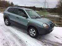 Hyundia Tucson 2 litre diesel 4wd (06) plate