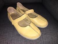 Hotter ladies shoes size 8 - yellow