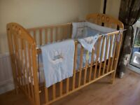 MAMAS & PAPAS DROPSIDE COT WITH OR WITHOUT GOOD QUALITY MATTRESS + FREE PINK OR BLUE BEDDING BUNDLE