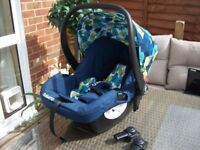 SUPERB AS NEW CONDITION COSATTO HOLD NIGHTBIRD CAR SEAT WITH RAINCOVER MORE
