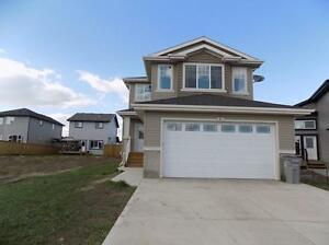 ***BEAUTIFUL NEW TWO STOREY HOUSE WITH DOUBLE GARAGE IN CALMAR**