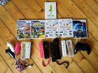 Wii, Wii fit, 4 controllers, accessories and games!