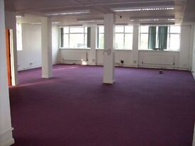 Bright, newly refurbished office near Totteridge Tube for 8-10 desks only £252 per week
