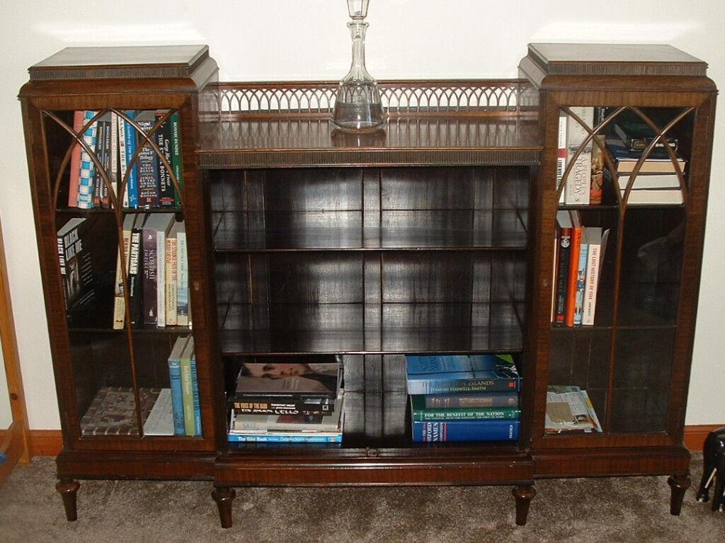 Display/Book Unit