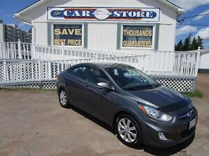 2012 Hyundai Accent GLS SUNROOF!! YES AUTOMATIC!! HEATED SEATS!!