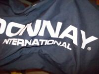 golf club flight bag used only once in very good condition donnay international