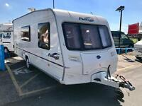 2005 BAILEY PAGEANT MOSELLE 4/5 BERTH SINGLE AXLE TOURING CARAVAN - END BATHROOM / U-SHAPE LOUNGE