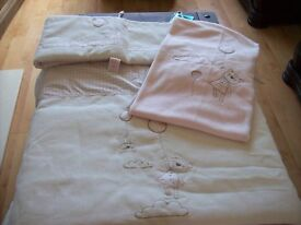 BRAND NEW IN BAG 3 PIECE MAMAS AND PAPAS NIGHT TIME HUGS GIRLS COT BEDDING SET FOR COT OR COTBED