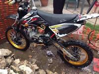 Pitbike m2r 160cc race tuned