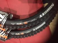 Brand new maxxis shorty dh tyres