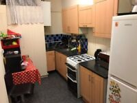 Spacious Four Double Bedroom Flat on- Camberwell Road - South London SE5