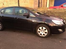 2011 Vauxhall Astra 1.4i Exclusive New Shape Full Service History Very Good Condition £0 Road Tax