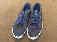 Vans trainers (like new)
