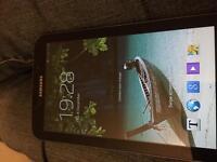 Samsung Tab 3 SM-T210 wifi 8GB with case / holder