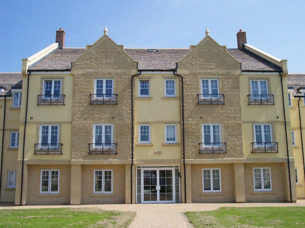 Two double bedroom apartment on Woodley Green, Madley Park ...