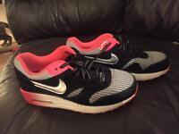 Size 5 Nike air max 1