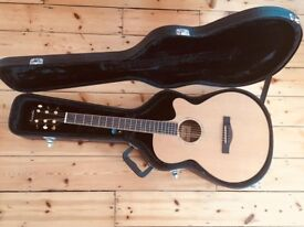 *** Farida Electro Acoustic Guitar With Fishman Pickup and Hard Case ***