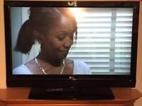 "42"" LCD Full HD LG tv with brand new wall bracket HD freeview remote hdmi's good condition"