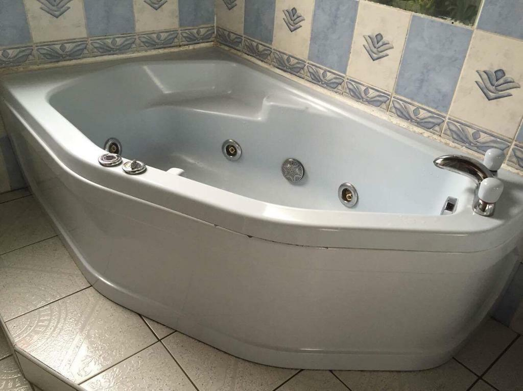 Luxury Bathrooms West Midlands complete luxury bathroom suite - 5 piece | in handsworth wood
