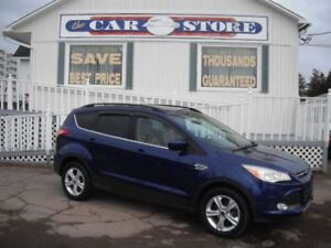 2014 Ford Escape SE 4WD HEATED SEATS BACK UP CAMERA!!