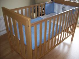 MOTHERCARE JAMESTOWN SOLID WOOD COTBED WITH OR WITHOUT COT BED MATTRESS
