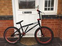 BARGAIN. COLONY INCEPTION EDITION. PROFESSIONAL BMX STUNT BIKE IN EXCELLENT CONDITION