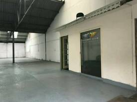 2000 SQ FT UNIT WITH PRIVATE YARD TIVIDALE-IDEAL FOR CAR SALES/DOUBLE GLAZING WAREHOUSE/SHOWROOM