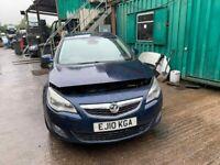 BREAKING Vauxhall Astra Elite CDTI 157 2.0 Blue Hatchback Door glass window front rear offside ns