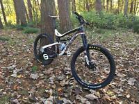 Lapierre zesty am custom XL 650b hope mavic rock shox XT men's mountain bike