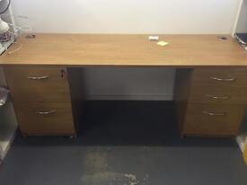 Pine office desk - large.