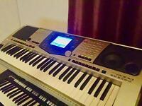 Yamaha PSR2000 Piano Keyboard