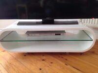 Ovid OV95 - LCD & Plasma TV Stand - Gloss White