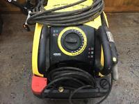 Karcher hot/cold pressure washer
