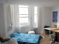 December. Bright double room in the creative Hub Peckham