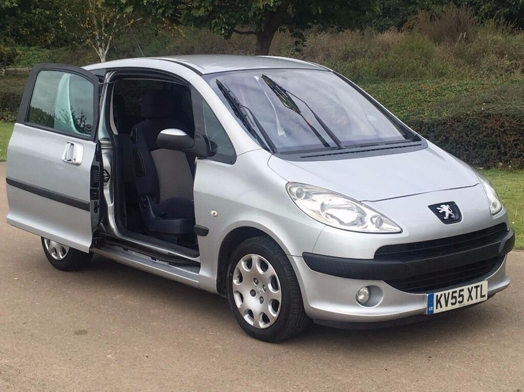 2005 peugeot 1007 1 4 dolce electric doors in heathrow london gumtree. Black Bedroom Furniture Sets. Home Design Ideas