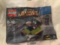 8 brand new Lego polybags. Lego superheroes and Lego Star Wars. Avengers, Batman, Spider-Man