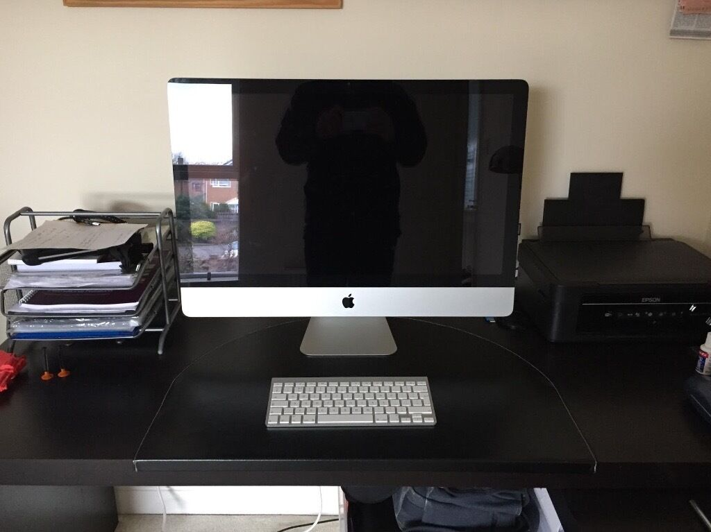 iMac (27 inch, Mid 2011in Derby, DerbyshireGumtree - iMac (27 inch, Mid 2011) for sale. Fantastic condition! Has a very small chip on the right hand edge of the screen (see image). Includes keyboard and box. DOES NOT INCLUDE MOUSE. Please feel free to contact me for more information