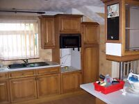 Full kitchen set, everything in photos included, call for details
