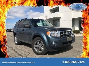 2012 Ford Escape XLT, Moonroof, Leather, 3.0 V6, Mint!