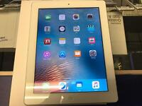 iPad 2 White Boxed Excellent condition