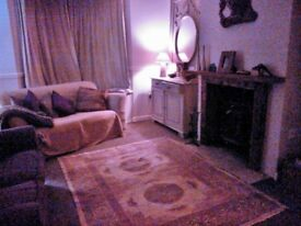 2 bed cottage, with woodburner, in quiet area