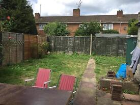 DOUBLE ROOM TO RENT IN CHESINGTON