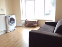 1 Bedroom Flat in Edgbaston suitable for professionals - £400 pcm! No DSS