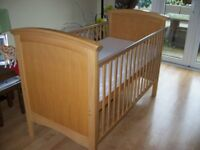 THE REAL COT COMPANY COTBED,MATTRESS AND NEXT MY BEST FRIENDS COT BED BEDDING SET