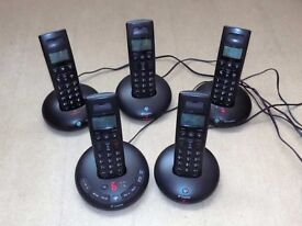 BT cordless digital phones (5 handsets)