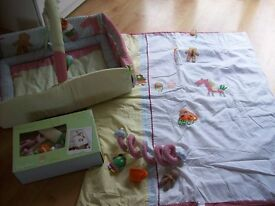 MAMAS AND PAPAS GINGERBREAD MAN COT BED DUVET,SPIRAL TOY,MUSICAL MOBILE & ACTIVITY PLAYMAT
