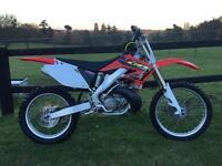 Honda cr250 2002 motocross bike