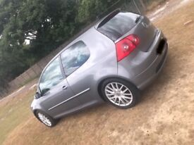 VW GOLF 2.0 GT TDI SPORT