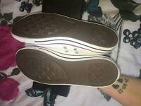 Adult converse size 7 brand new